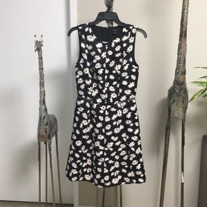 White flowers pattern black mini betty dress